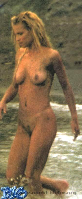 Exaggerate. michelle hunziker nackt