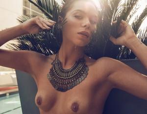 Kim Gloss nackt im Playboy und Liliana Matthaeus oben ohne